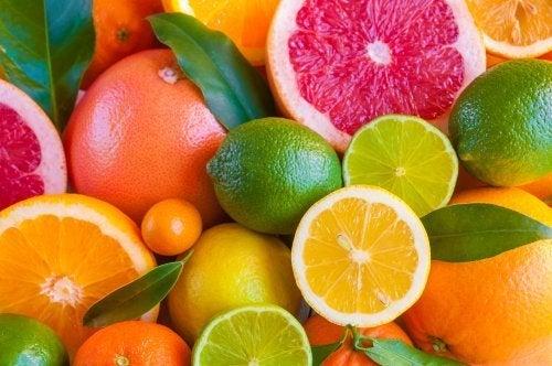natürliche Lufterfrischer für die Küche aus Zitrusfrüchten