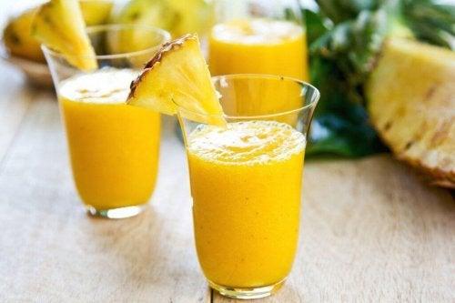 kalorienarmer Smoothie - Ananas