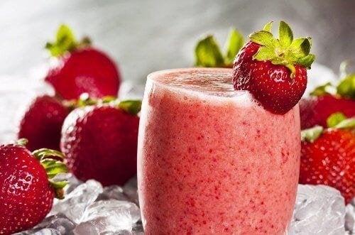 kalorienarmer Smoothie - Erdbeere