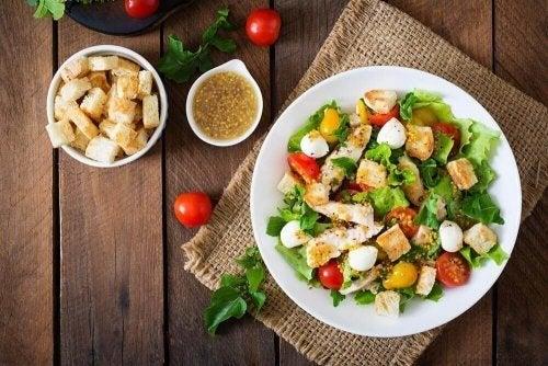 2 Rezepte für Caesar-Salat
