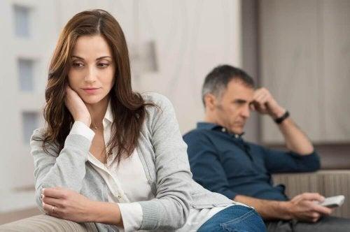 Die Liebe zu einem verheirateten Mann bringt oft Probleme mit sich