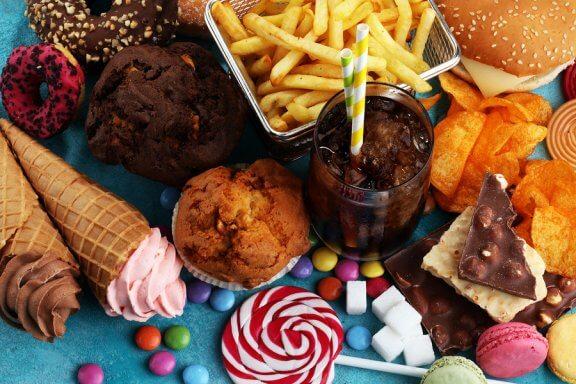 Verbanne diese 8 Lebensmittel aus deinem Alltag