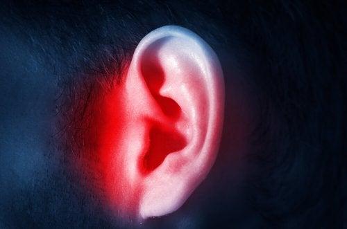 Behandlung einer Ohrenentzündung: Tipps und Ratschläge