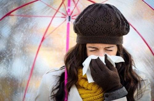 Wie man eine Erkältung im Winter vermeidet