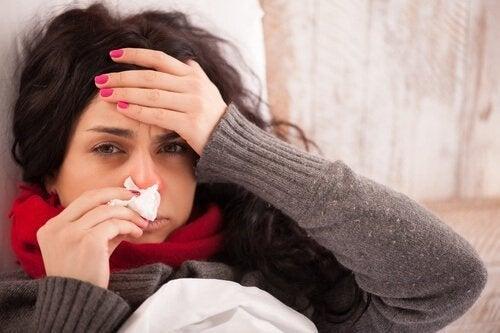 Frau hat Grippe