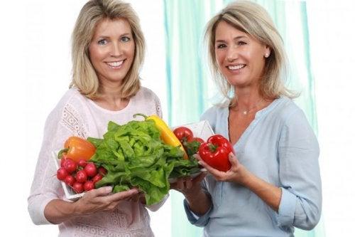 Gesunde Ernährung, um die Veränderungen während der Wechseljahre zu lindern