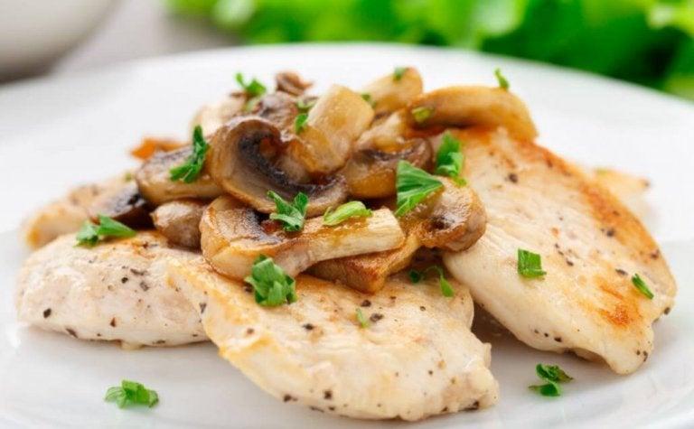 Rezept: Hähnchen-Gratin mit Pilzen