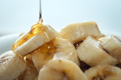 Schönheitsmasken aus Honig und Banane