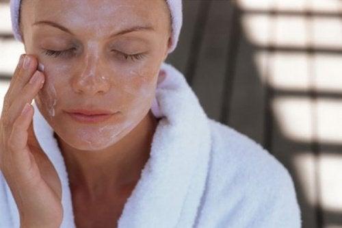 Schönheitsmasken: die besten Rezepte für dein Gesicht
