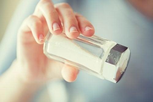 Weniger Salz, um die Veränderungen während der Wechseljahre zu lindern