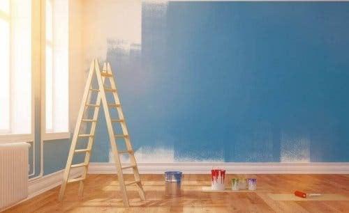 Wände streichen - Farbe