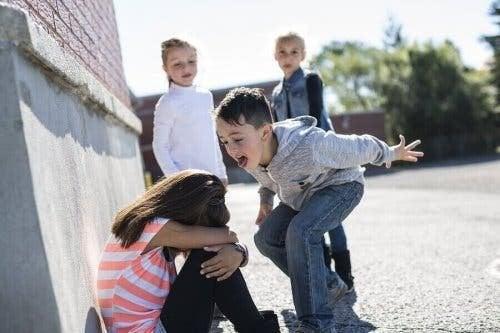Mobbing unter Kindern - Junge