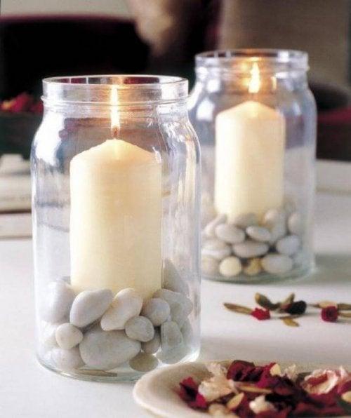 Aromatische Kerzen haben den Vorteil, dass sie einen angenehmen Duft abgeben
