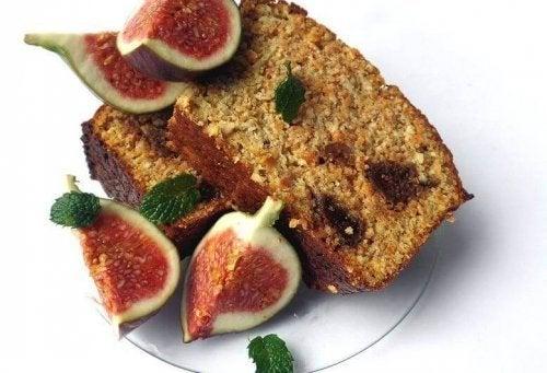 Die Feigen sind der Schlüssel für die Feuchtigkeit des spanischen Feigenkuchens