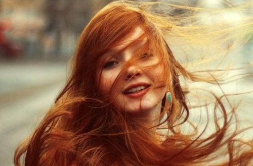 Schönes Haar: So pflegst du deine Rottöne!