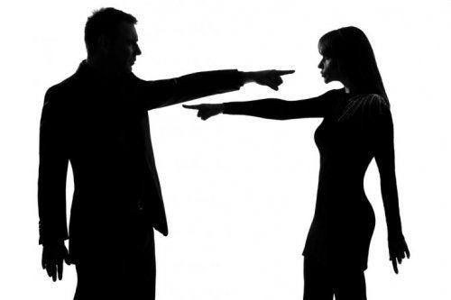 Emotional missbräuchliche Beziehungen: bewusste Schuld