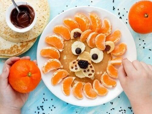übergewichtige Kinder - Obst