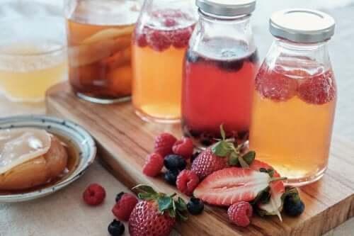 Fruchtwasser zubereiten: 5 einfache Rezepte