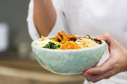 Bibimbap: Rezept für koreanische Reispfanne