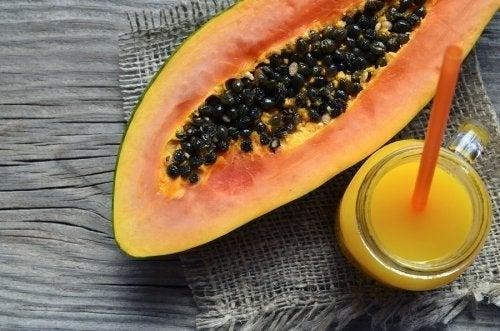 3 leckere Smoothies mit Papaya für zwischendurch