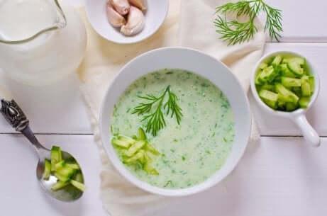 Rezept für Gurken-Avocado-Suppe
