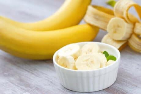 Kokoseis mit Banane