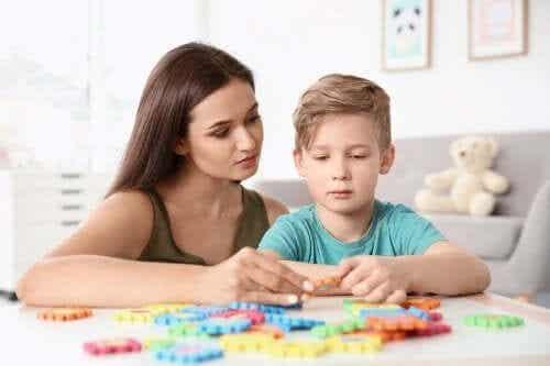 Kinder mit Autismus: 4 wichtige Übungen