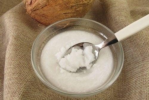 Pflanzliche Sahne aus Kokosmilch