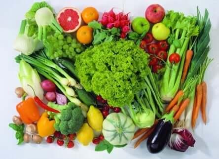 Vielfalt an Obst und Gemüse