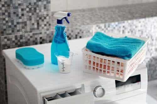 Ölflecken entfernen: 5 Produkte, um deine Wäsche schonend zu behandeln