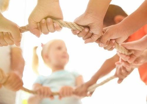 Das kooperative Spiel: 5 Vorteile für Kinder