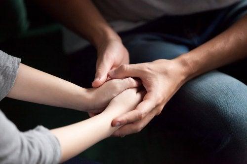 Wie du deinem Partner deine Liebe zeigen kannst: 5 Tipps