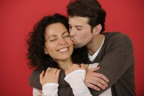 Zeige deine Liebe durch physischen Kontakt