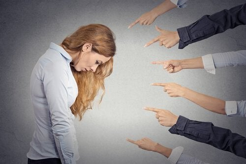 Narzissmus in der Beziehung: der selbstbezogene Mensch kennt keine Grenzen