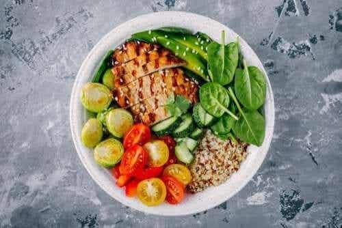 Kalorienarmes Abendessen: 3 Rezepte mit weniger als 300 Kalorien