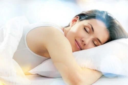 Frau, die schläft