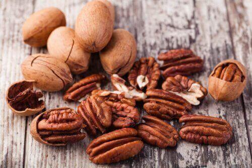 Nüsse zur Verbesserung der Ernährungsweise