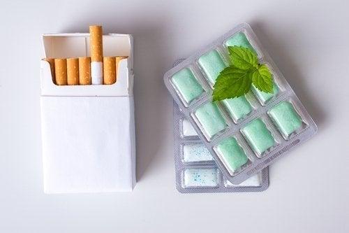 Mit dem Nikotinkaugummi das Rauchen ablegen