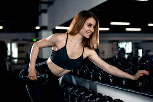 Trizeps stärken: effektive Übungen