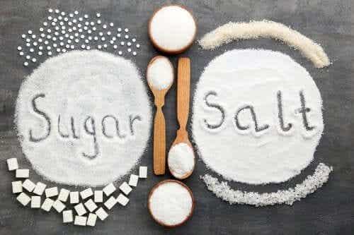 Zucker oder Salz: Was ist im Übermaß schlimmer?