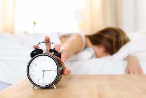 Warum wache ich müde auf?