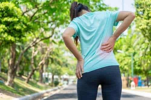3 evidenzbasierte Übungen gegen Kreuzschmerzen