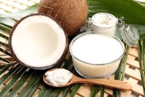 Rezept: Marinierte Hühnerbrust mit Kokosmilch und Reis