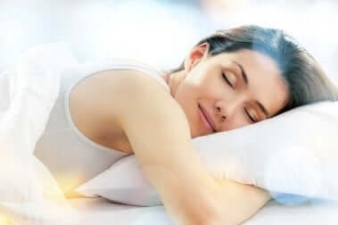 Ausreichend Schlaf gegen Kreuzschmerzen