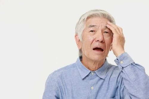 Patient mit kortikaler Atrophie