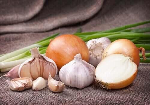 Und was für Eigenschaften hat Gemüse mit weißer Farbe?