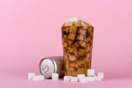 Arten von Kohlenhydraten: Zucker in Erfrischungsgetränken