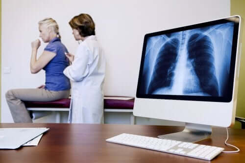 Asbestose oder Asbestlunge: Anzeichen und Symptome