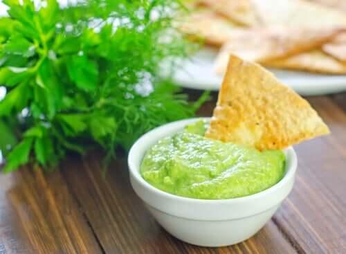 Scharfer Avocado-Dip