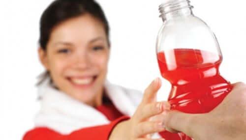 Vorteile von Natron in Engergy-Drinks oder anderen Getränken